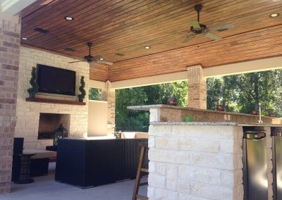 Creekstone Outdoor Living - Cabana with Full Kitchen and Living Room 6