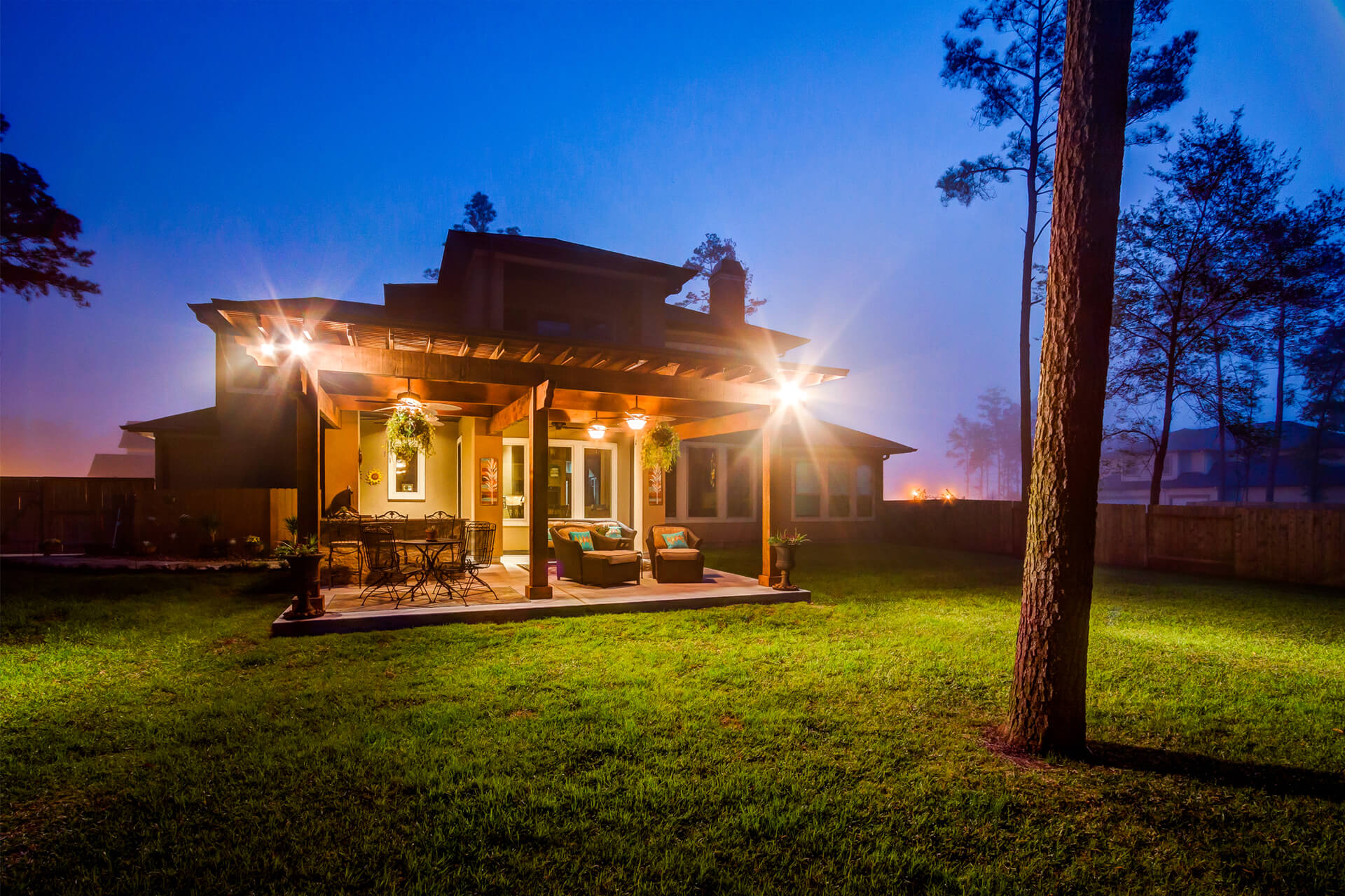 The Crescent Oaks - Custom Outdoor Pergola and custom Kitchen in The Woodlands, Texas