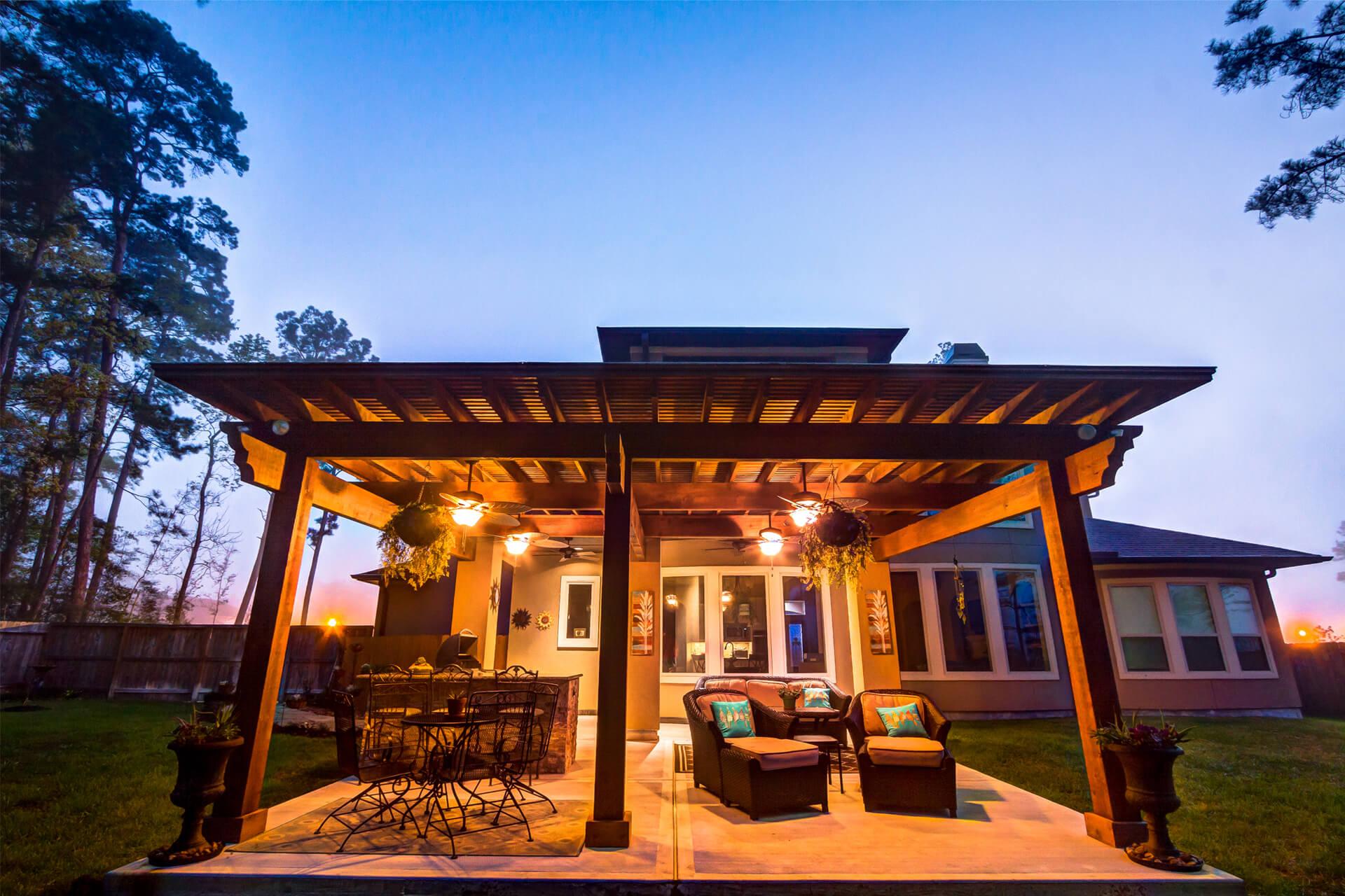 The Crescent Oaks - Custom Outdoor Pergola and custom Kitchen in Houston, Texas