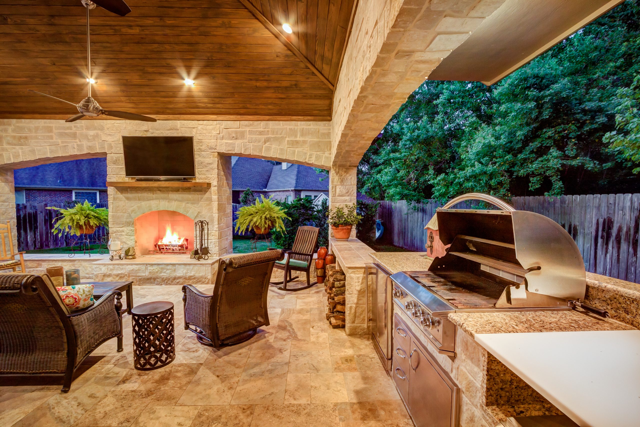 5 Tips to Design the Rustic Outdoor Kitchen of Your Dreams, Outdoor Kitchen Design, Creekstone Outdoor Living