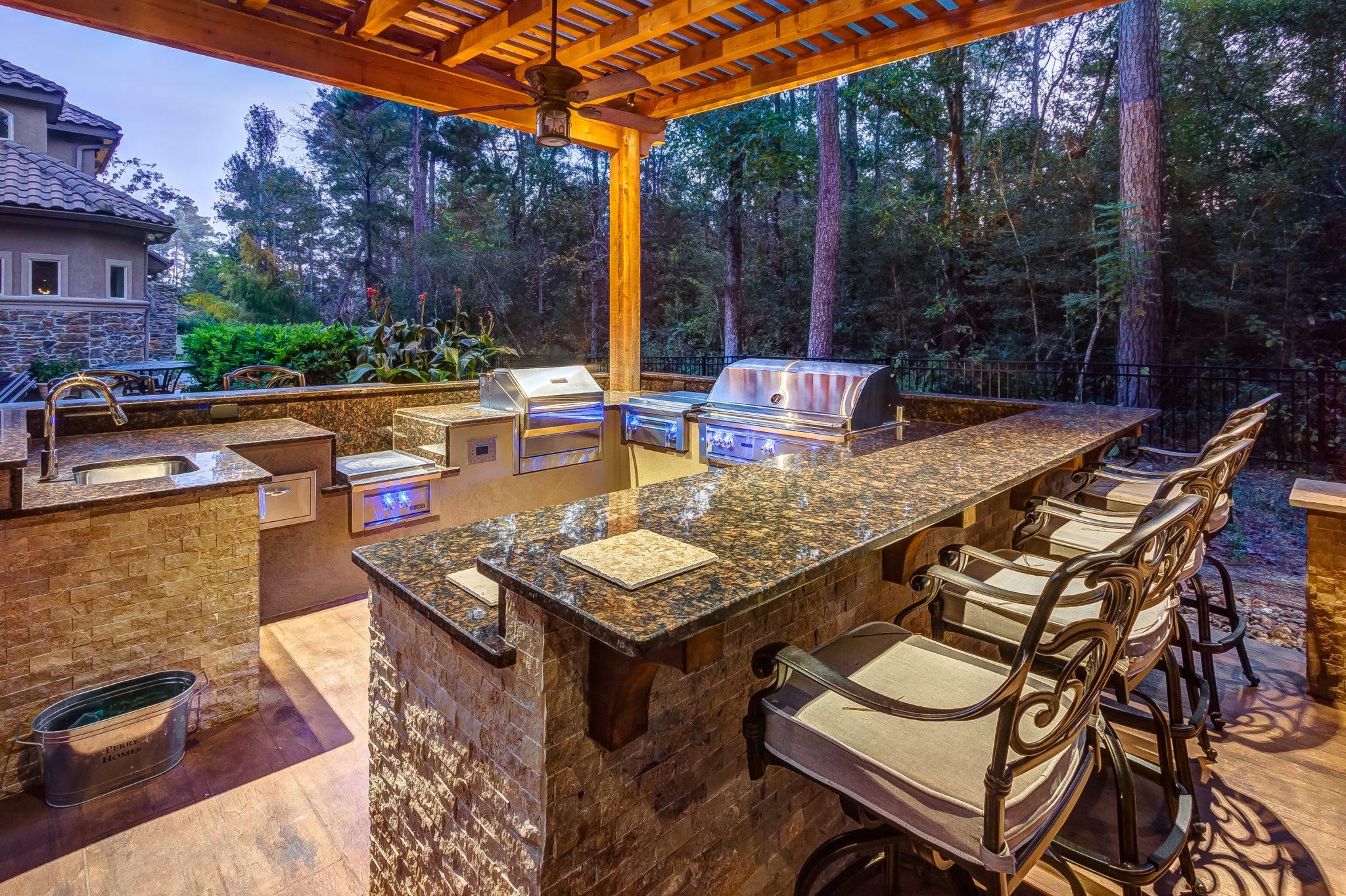 Outdoor Kitchen Appliances, Creekstone Outdoor Living, Houston, TX