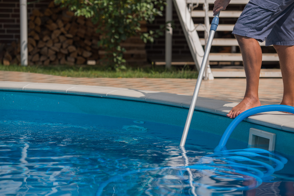 DIY or Hire a Pro? Pool Maintenance for the Busy Homeowner