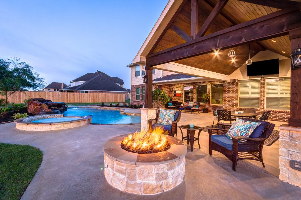 Custom Backyard Designs to WOW Your Guests, Creekstone Outdoor Living