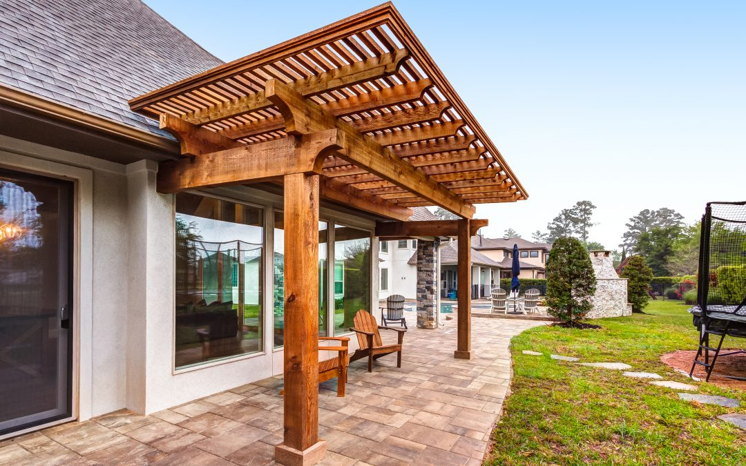 Pergola vs Patio Cover: Choose Your Outdoor Kitchen Roof