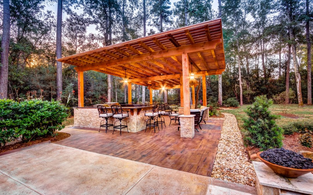 5 Durable Flooring Materials for an Outdoor Kitchen