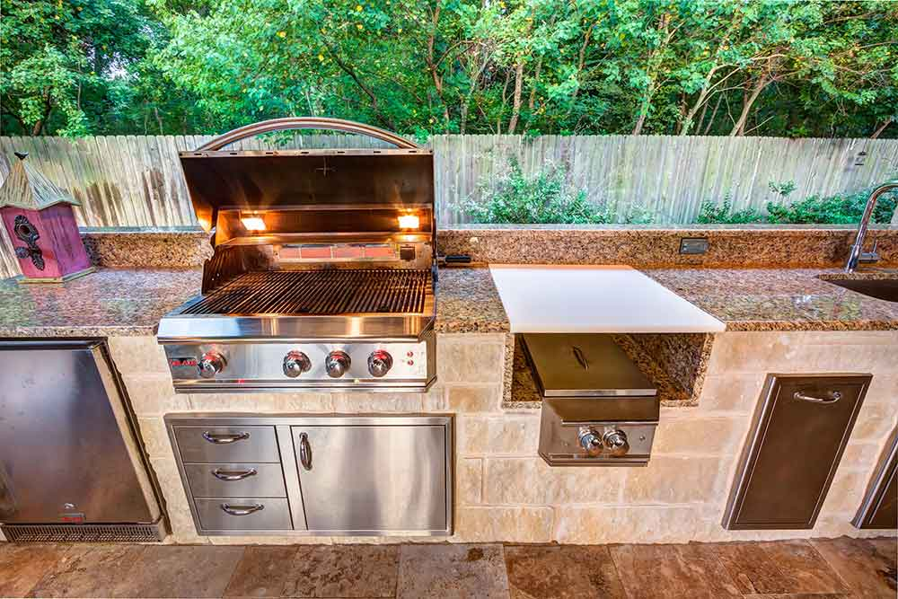 Learn How to Protect Your Stainless Steel Outdoor Kitchen Equipment