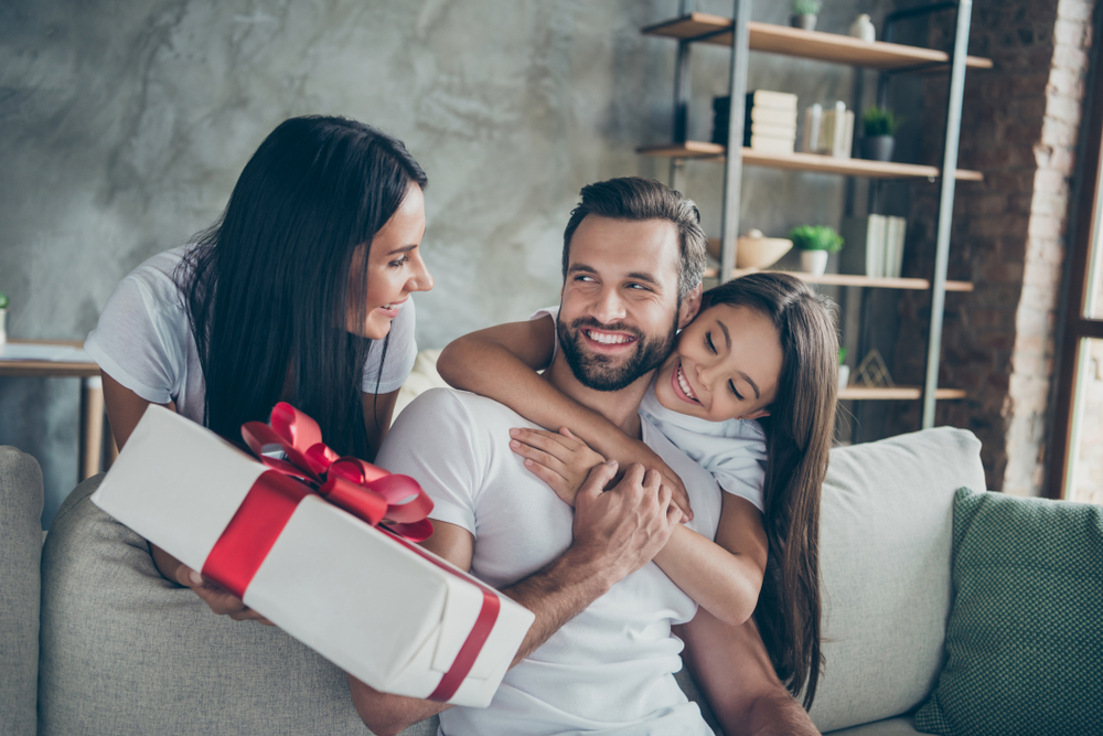 Man Card: The Gift Every Guy Needs